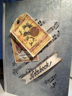 Dekorerad skrivbok för skrivkurs på