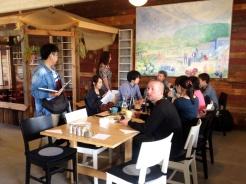 Studenterna från Japan bjöds på uppskattad fika …