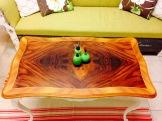 Även soffan är till salu, hör med Kajskjul 46. Foto: Parisa Moghadam