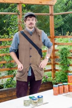 Martin Hollmer från Testbädden i Angered sålde slut på sin kimchi med en gång.